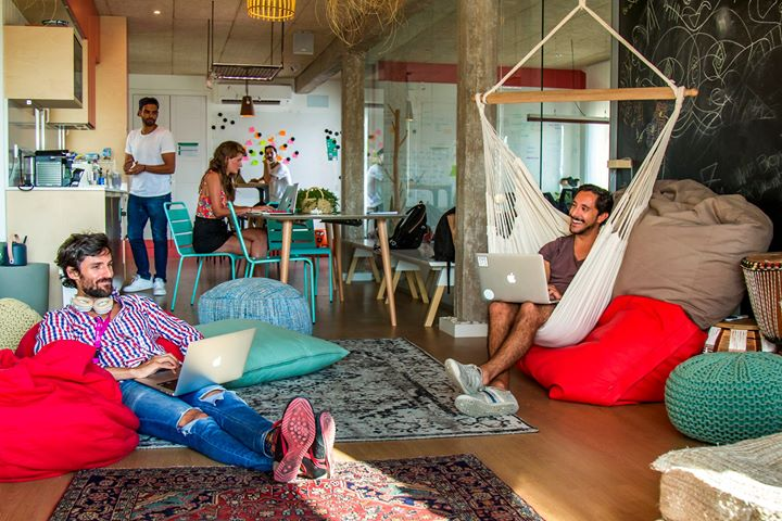 https://urbancampus.com/blog/coliving-a-new-way-of-living-and-decorating-according-to-houzz/